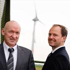 Aurich, aber wahr: Chef-Jurist Stefan Knottnerus-Meyer (links) leitet seit 1995 die Enercon-Rechtsabteilung von Ostfriesland aus. Syndikus Steffen Schwenke dagegen zog es recht bald an den Standort Bremen.