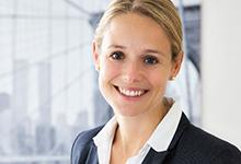 Für das eigene Notariat: Julia Schwahn verließ Hengeler Mueller und zog zurück nach Hamburg.