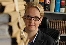 Erst internationale Sozietät, dann BGH-Kanzlei: Julia Nobbe, wissenschaftliche Mitarbeiterin bei Jordan & Hall, kennt beide Welten.