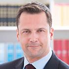 Verteidiger: Benedikt Pauka von der Kanzlei Pauka von Dreden & Link.