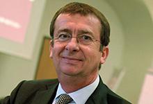 Alte Bekannte: Wolf Kahles von Clifford Chance rekrutiert 60 Prozent der Berufseinsteiger aus dem Kreis der ehemaligen Referendare.