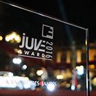 Transparenz auch bei der Trophäe: Die Juve Awards 2016